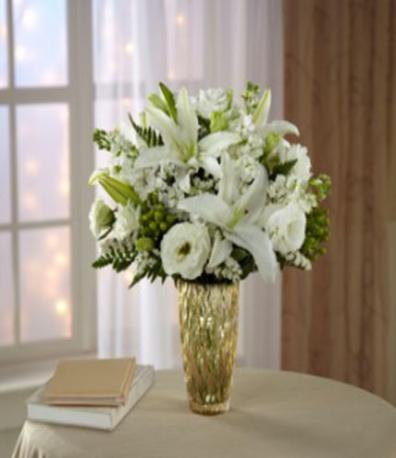 The FTD® Holiday Elegance™ Bouquet for Kathy Ireland Home